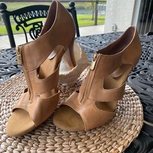 "Adrienne Vittadini 4"" heel zip front sandals"